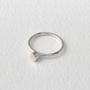 Dot Ring. Silver.