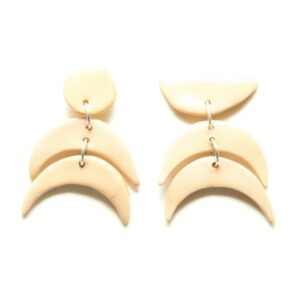 Figurine Earrings Nude