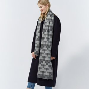 Faro Lambswool Scarf by Hillary Grant
