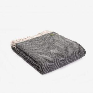 Triangle Wool Blanket Charcoal grey