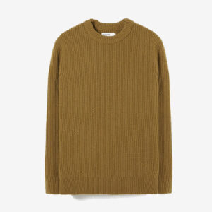 Loose crew in mustard rack stitch knit